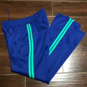 Woman's Nike warm up pants M